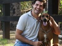 Pauta: Materia com Thiago Lacerda com seus cachorros